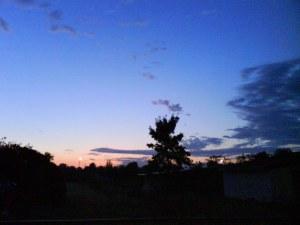 3:57 15. jūlija '09 rītā, Zvanītāju iela, Jēkabpils, skats uz Daugavas pusi.